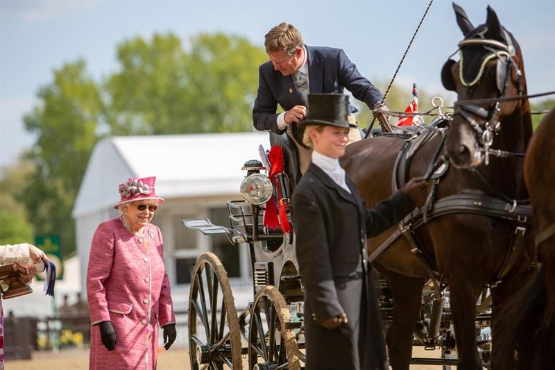Her Majesty the Queen and Boyd Exell