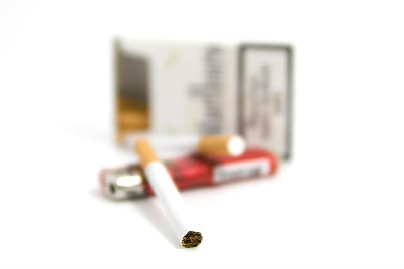 Smoking influences the efficacy of non-surgical periodontal