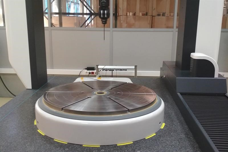 RPI has over 750 CMM rotary table installations