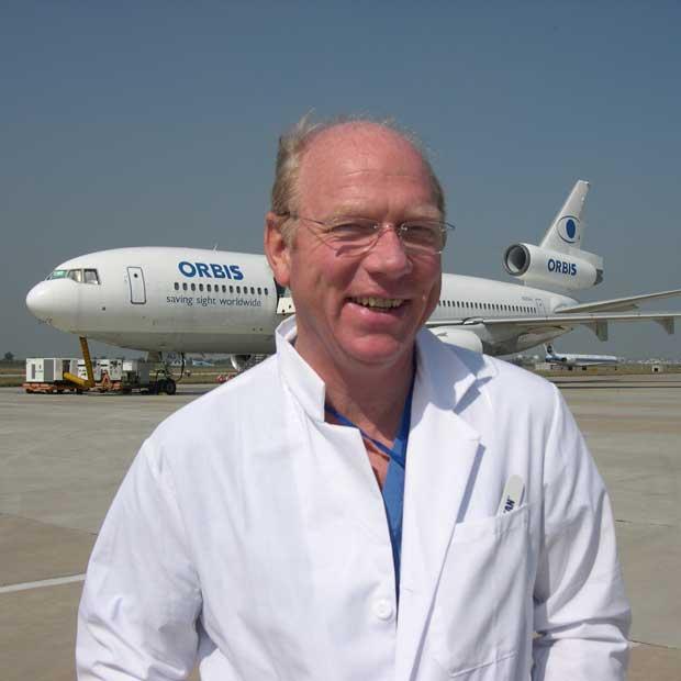 Robert Walters: Robert Walters Recognised For Orbis Volunteering