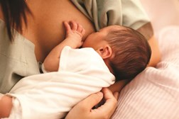 Motheres report stopping breastfeeding early
