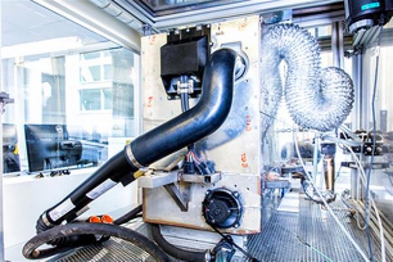 Nissan shows off revolutionary bioethanol fuel cell