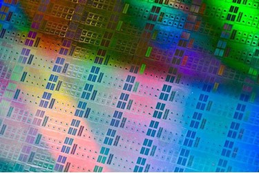 Thin films could boost semiconductor performance