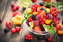 Eating fresh fruit seems to reduce diabetes risk