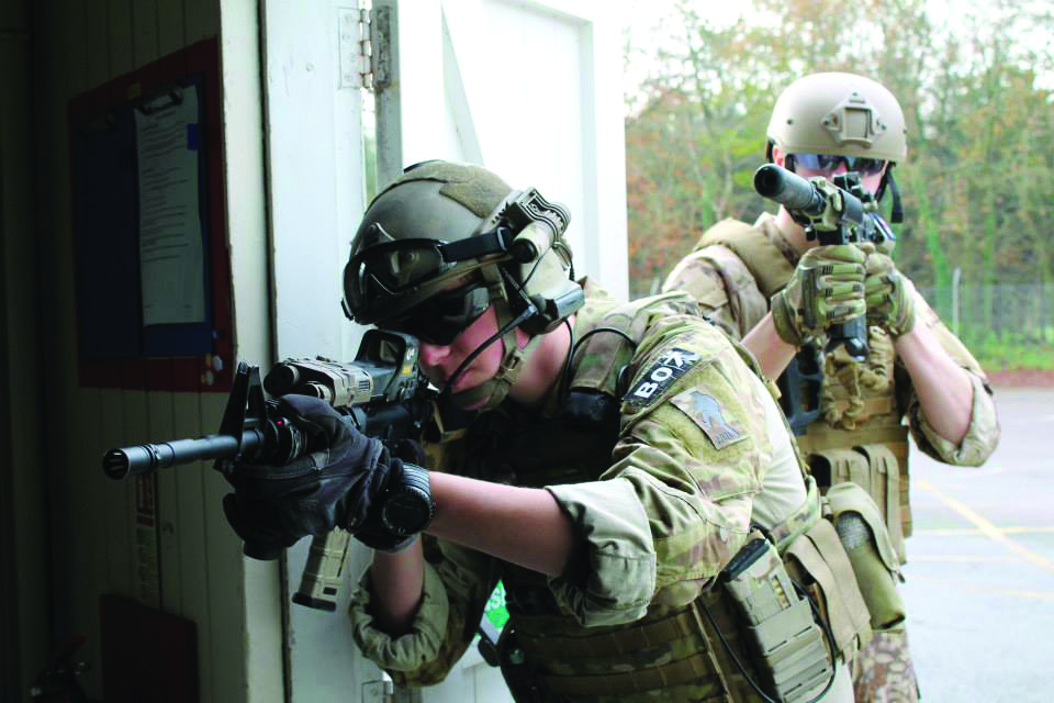 Radio for Airsoft: 'There's no bombs without comms'