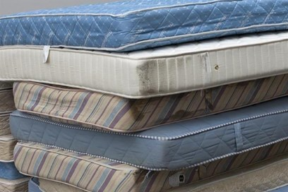 Usel Partners With Holiday Inn Express Belfast To Tackle Mattress Waste