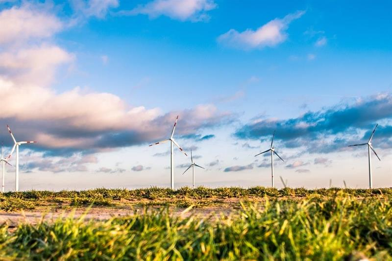 Low carbon and renewable energy economy report shows slow progress
