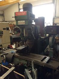 Anyak Turret Milling Machine