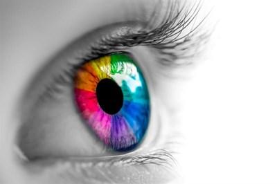 Smoking 20 cigarettes a day can worsen eye sight