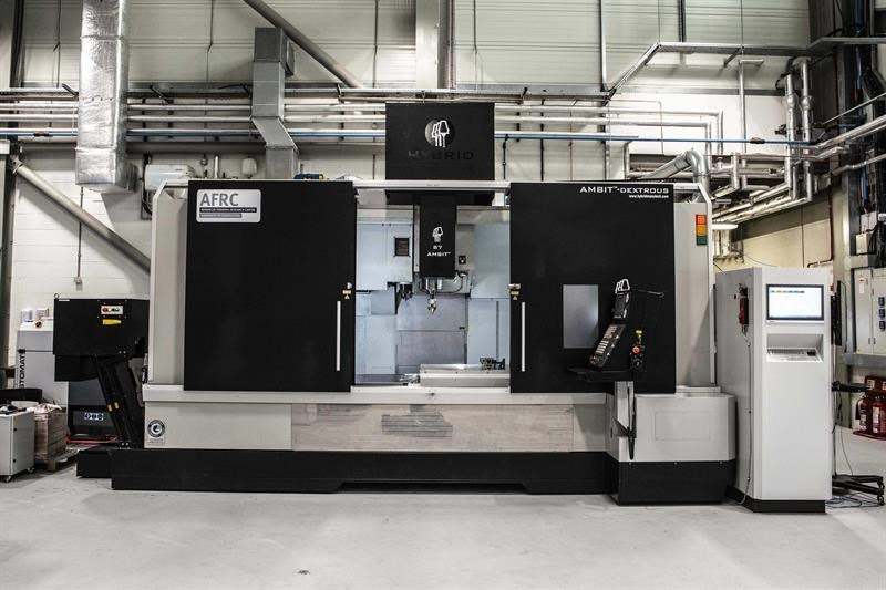 The LMD hybrid integrates AM and machining