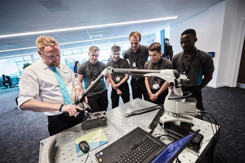 A metrology demonstration to apprentices at MTC